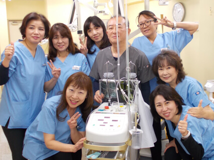 川崎市野上歯科医院 スタッフ集合写真